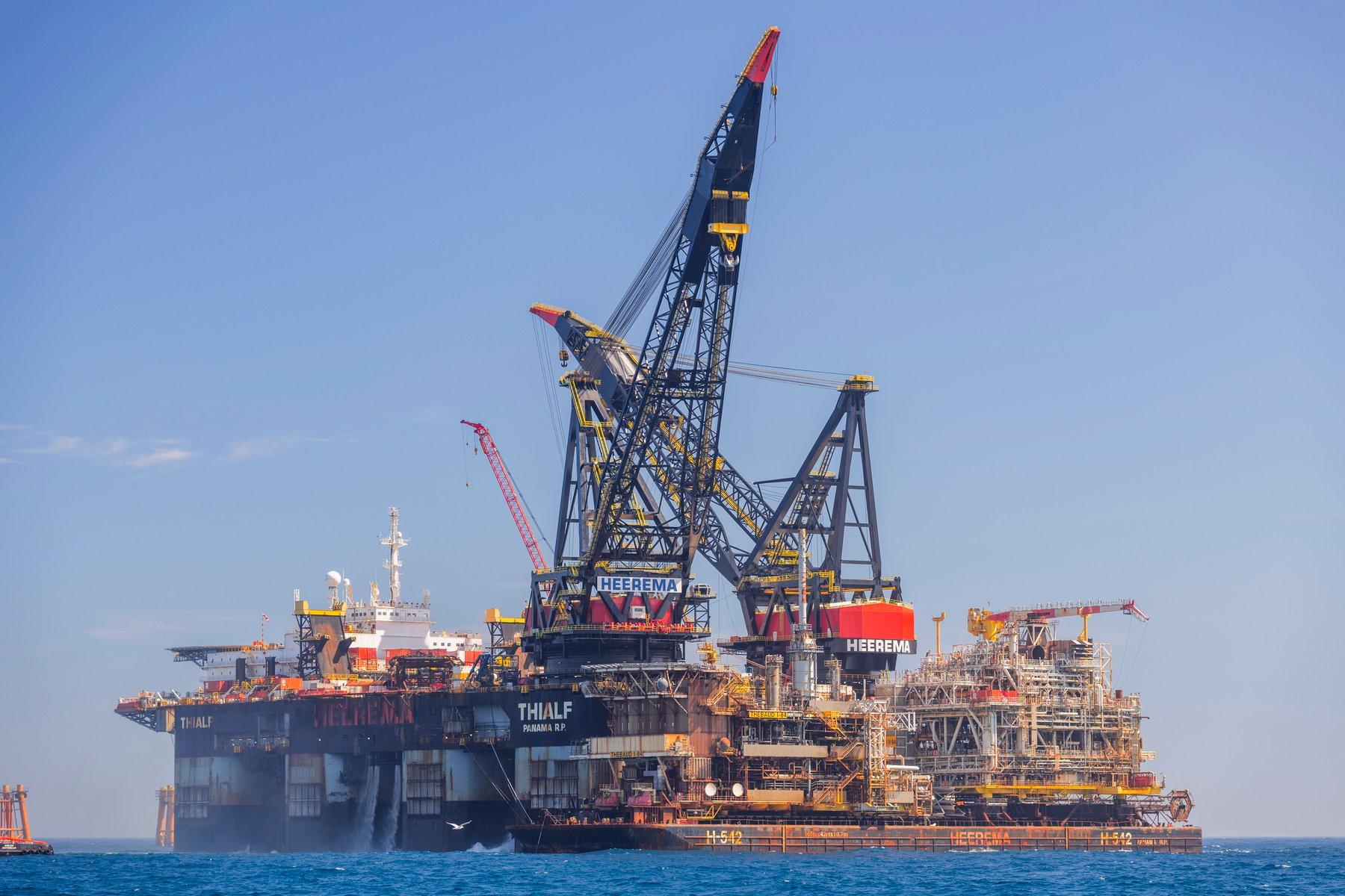 Sable Island Exxonmobil Heerema Thialf Decommissioning