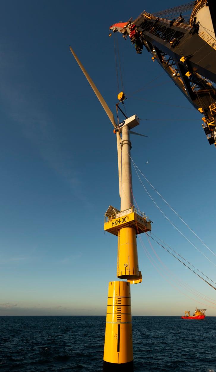 2018 - DOT Shore Windmill Installation_JGR3422
